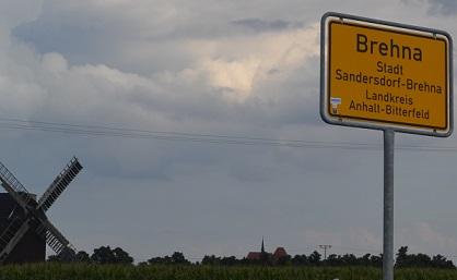 Brehna Stadt - Zufahrt zum FOC Outlet